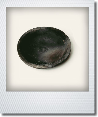 画像1: ブラックソーサー14cm