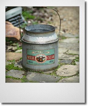 画像1: CALNACさんのミルク缶